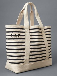 Gap's perfect nautical utility tote. Jute Tote Bags, Canvas Tote Bags, Utility Tote, Bag Patterns To Sew, Fabric Bags, Handmade Bags, Fashion Bags, Shopping Bag, Purses And Bags
