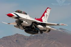 F-16 from the United States Air Force's aerial demonstration team, the Thunderbirds