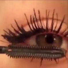 It's time to say goodbye to stubby lashes and hello to UNBELIEVABLY REAL LENGTH and VOLUME with our professional formula! Silk Fiber Eyelash Mascaracan boosts your lash look like never before! See up to increase in average length and volume Fiber Lash Mascara, Fiber Lashes, Long Lash Mascara, Mascara Tips, Eyebrow Makeup, Skin Makeup, Makeup Eyeshadow, Fox Makeup, Blue Makeup