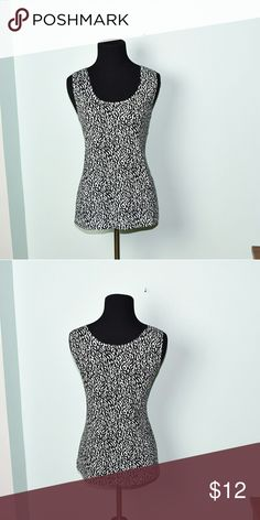 Chico's Black & White Print Silky Top In excellent condition! Super soft, stretchy, and lightweight! Buy 3 items and get 1 free plus 15% off your purchase total! Chico's Tops Blouses