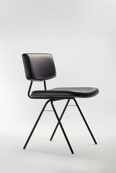 """""""Compas"""" Chair by Pierre Guariche My Furniture, Design Furniture, Chair Design, Retro Furniture, Furniture Online, Chaise Vintage, Vintage Chairs, Dining Room Chairs, Side Chairs"""