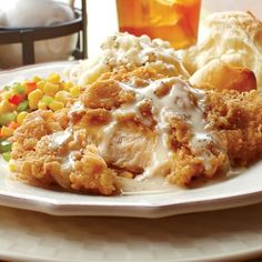 Once you've tried Omaha Steaks Chicken Fried Chicken it's going to be your new favorite! Each boneless, skinless chicken breast is hand breaded with onion, garlic and coarse black pepper. Gourmet Gifts, Gourmet Recipes, Food Gifts, Cheesy Bacon Dip, Shredded Buffalo Chicken, Omaha Steaks, Chicken Fried Steak, Steak Recipes, Chicken Recipes