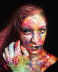 Living Portrait ___________________ Products used:  @makeupforeverofficial Flash Palette @maccosmetics Glitter in Gold @maccosmetics Liner in Blacktrack @arcticfox hair colour in Wrath ___________________ ___________________ #makeupforever #maccosmetics #colorsplash #painting #paint #portrait #bright #oilpainting #halloween #halloweencostume #halloweenmakeup #highlight #hairgoals #pastel #pastelhair #l4l #instagood #instamakeup #selfie #mua #motd #muotd #makeupselfie #makeupartist #like4like…