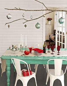 Christmas table setting colours drawn from a gum tree and bottle brush!!