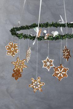 Christmas sweets #DIY #panduro #christmas #jul #julpyssel #snöstjärna  #stjerne Christmas Sweets, Christmas Diy, Christmas Wreaths, Gingerbread Cookies, Inspiration, Design, Decor, Gingerbread Cupcakes, Biblical Inspiration
