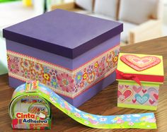 Cajas de madera decoradas con Cinta Adhesiva / Morado / Verde / Decoración para el hogar Washi Tape, Decorative Boxes, Irene, Diy, Home Decor, Costumes, Wrapping, Pill Boxes, Craft Stores