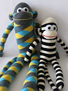 Untrendy Life: PROJECT: Sock Monkeys