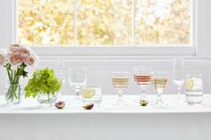 Shop Sophie Conran's range of luxury glasses for Portmeirion. Including wine glasses, tumblers, champagne glasses and high ball glasses to make the everyday special and to celebrate beautiful moments. Portmeirion Uk, Luxury Glasses, Cake Stand With Dome, Sophie Conran, Wine Glass Set, Champagne Glasses, Summer Parties, White Wine, Food To Make