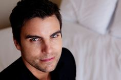 Colin Egglesfield.......... this man is so beautiful!!!