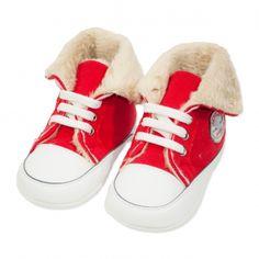 Va prezentam botoseii tip bascheti unisex (bebe) pentru toamna / iarna, calitate superioara, design fashion, colectia 2019, culoare rosu & alb, marca Papulin, ideali pentru diferite evenimente festive (botez, nunta, onomastica, etc). Acesti botosei fac parte din categoria incaltaminte copii, fiind confectionati conform celor mai inalte standarde calitative, fabricati in Turcia. Childrens Shoes, Baby Shoes, Slippers, Sneakers, Clothes, Fashion, Tennis, Outfits, Moda