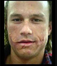 Imagens do Heath Ledger somente com as cicatrizes do Coringa - Batman no Cinema