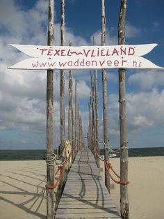 'De Vriendschap' verzorgt overtochten van Vlieland naar Texel en andersom. www.waddenveer.nl
