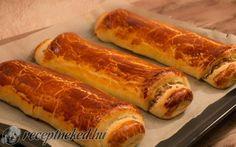 Bejgli (mákos és diós) Hot Dog Buns, Hot Dogs, Bread, God, Breads, Baking, Buns