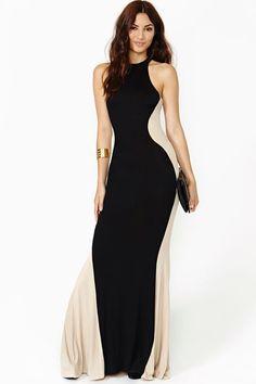 Vestido ampulheta preto e branco