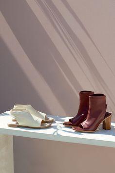 "The Chloé Spring 2015 Accessories Collection – ""Ella"" flat sandal in stretch nappa lambskin, ""Ella"" 9 cm ankle boot in stretch nappa lambskin"