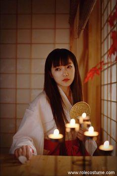 Top 9 Kikyo Cosplay Photos Tell You She is the Best Partner of Inuyasha! Inuyasha Cosplay, Inuyasha And Kikyo, Inuyasha Funny, Snk Cosplay, Hanabi, Tokyo Street Style, Japanese Characters, Beautiful Costumes, Traditional Fashion