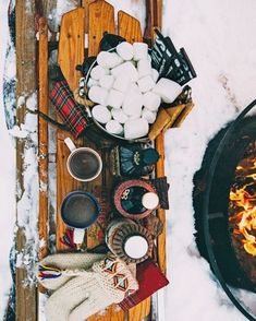 """557 Likes, 9 Comments - The Preppy Gazette ™ (@thepreppygazette) on Instagram: """"Great set up for a winter picnic. We are after the fantastic mittens and love them! They certainly…"""""""