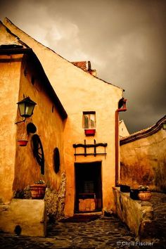 Rasnov Citadel, Brasov Country, Romania for a painting Places To See, Places To Travel, Travel Destinations, Wonderful Places, Beautiful Places, Beautiful Pictures, Romania Travel, Little Paris, Bucharest Romania