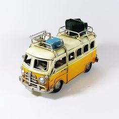 Veículos Latão - Carrinha Pão de Forma Amarela