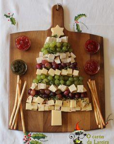 Ó carón da Lareira: Arbol de queso y uvas