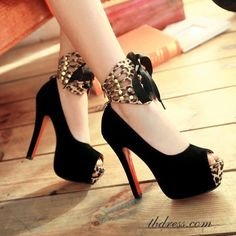 (100) What Girls Like ~gold bows heels black cheetah animal print