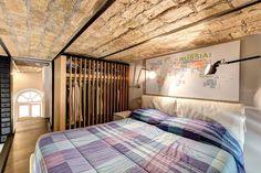 PICCOLO LOFT PIAZZA VITTORIO : Camera da letto % in stile % {style} di…