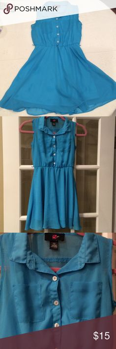 Sleeveless dress good condition Cute teal blue sleeveless button down dress missing belt Iz Byer Dresses Casual