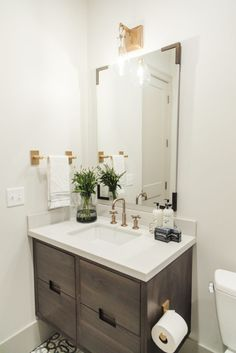 A Stunning Salt Lake City Home Tour: #classicmodernremodel guest bathroom with style!