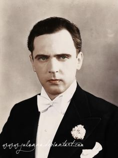 Aleksander Żabczyński - Polish stage and movie actor, one of the most popular actor during interwar period in Poland. Most Handsome Actors, Old Movie Stars, Classic Man, Old Movies, Poland, Cinema, Actresses, Celebrities, People