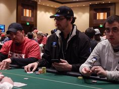 At the table with Phil Helmuth