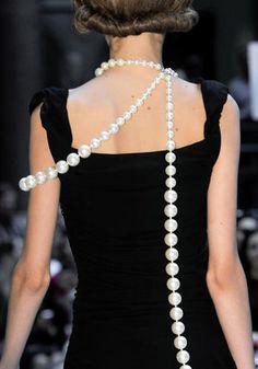 Gioielli: le nuove perle / moda / Home page - Cosmopolitan