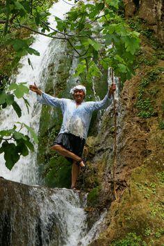 Jungle of Rhodes - Archangelos - Beoordelingen van Jungle of Rhodes - TripAdvisor Small Lake, Rhode Island, The Locals, Trip Advisor, Attraction, The Good Place, Greece, Van, Activities