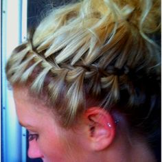 upside down waterfall braid headband never thought of it. Super easy!.