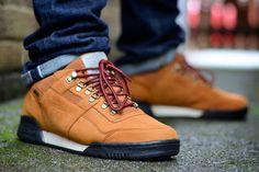 Reebok Classics Workout Plus (Gore-Tex) - Sneaker Freaker Best Sneakers, Sneakers Fashion, Fashion Shoes, Men's Fashion, Fasion, Prada Shoes, Men's Shoes, Shoe Boots, Reebok Classic Workout