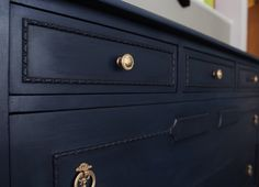 Using Annie Sloan Chalk Paint in Napoelonic Blue and Graphite to make a beautiful navy.