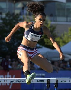 Sydney McLaughlin 2017 U. Sydney Mclaughlin, Weight Loose Tips, Track Pictures, Track Team, Girls Run The World, Beautiful Athletes, Hot Cheerleaders, Artistic Gymnastics, Olympic Sports