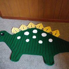Crochet Hippo, Crochet Dinosaur, Crochet Teddy, Dinosaur Room Decor, Manta Mandala, Crochet Rug Patterns, Crochet Rugs, Rag Rug Tutorial, Crochet Doilies