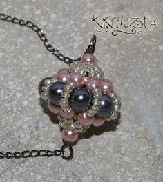 Free schema for beaded bead pendant ~ Seed Bead Tutorials