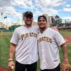 Steelers rookies TJ Watt and James Conner threw out tonight's first pitch in Pittsburgh. (via @pittsburghpirates)