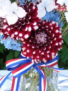 All these blooms are from my Seattle garden and from my local flower farmers! Flower Farmer, 4th Of July Wreath, Farmers, Design Projects, Florals, Seattle, Floral Design, Bloom, Wreaths