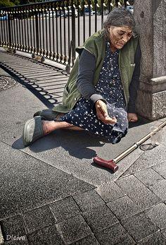 The Other Side of Madrid - HomeLess, HomeLessNess, Sans Abris, Obdachlos, Senza Dimora, Senza Tetto, Poverty, Pobreza, Pauvreté, Povertà, Hopeless, JobLess, бідність, Social Issues, Awareness