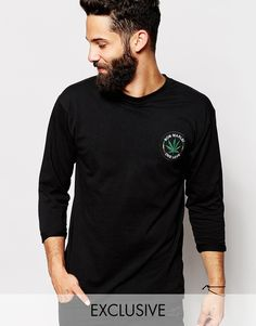 "T-shirt by Reclaimed Vintage Lightweight jersey Crew neck Bob Marley badge applique Regular fit - true to size Machine wash 100% Cotton Our model wears a size Medium and is 181cm/5'11.5"" tall Exclusive to ASOS"
