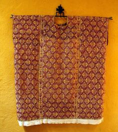 Aldama Huipil Chiapas | Extreme brocade. The only place one see the ground fabric is at the bottom.