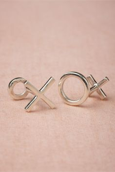 X and O Cufflinks from BHLDN. Could be cute groom gift from bride?? Bhldn Wedding, Wedding Groom, Chic Wedding, Wedding Styles, Wedding Decor, Groomsmen Outfits, Groom And Groomsmen Attire, Bride And Groom Gifts, Valentine Day Offers