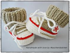 Baby Shoes Baby Shoes - Baby Sneakers from Maschenlädchen Gestrickte Booties, Knitted Booties, Knit Shoes, Crochet Baby Shoes, Baby Booties, Knit Crochet, Sewing Projects, Projects To Try, Baby Sneakers