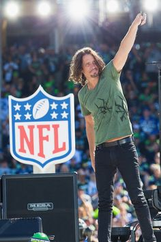 Are you ready for some football? Soundgarden 's Chris Cornell helps kick off the 2014 NFL season with a performance at the Seattle Seahawks versus Green Bay Packers game on Sept. 4 in Seattle