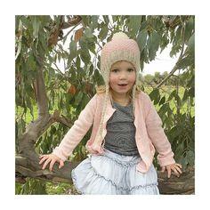 Just hanging around looking cute  @theselittlebabes #acornkids #kidsbeanies #handmade #merinowool