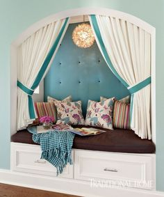 cozy nook by Tobi Fairley Interior Design Cozy Nook, Cozy Corner, White Storage Bench, Cottages And Bungalows, Brown Cushions, Interior And Exterior, Interior Design, Traditional House, Decoration