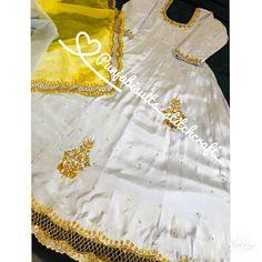 Designer Punjabi Suits Patiala, Punjabi Suits Designer Boutique, Indian Designer Suits, Pakistani Dress Design, Embroidery Suits Punjabi, Embroidery Suits Design, Neck Designs For Suits, Designs For Dresses, Stylish Dresses For Girls