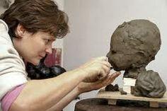 Boetseren - een beeld kneden uit klei ,was of een ander kneedbaar materiaal.